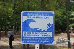 Las alertas de tsunami están por todas partes en esta zona.