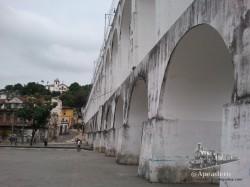 Los arcos de lapa son bastante menos espectaculares que el acueducto de Segovia, por ejemplo.
