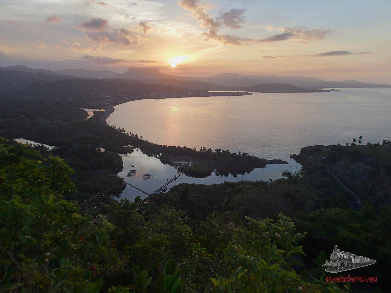 Ver un atardecer en Baracoa es gratis