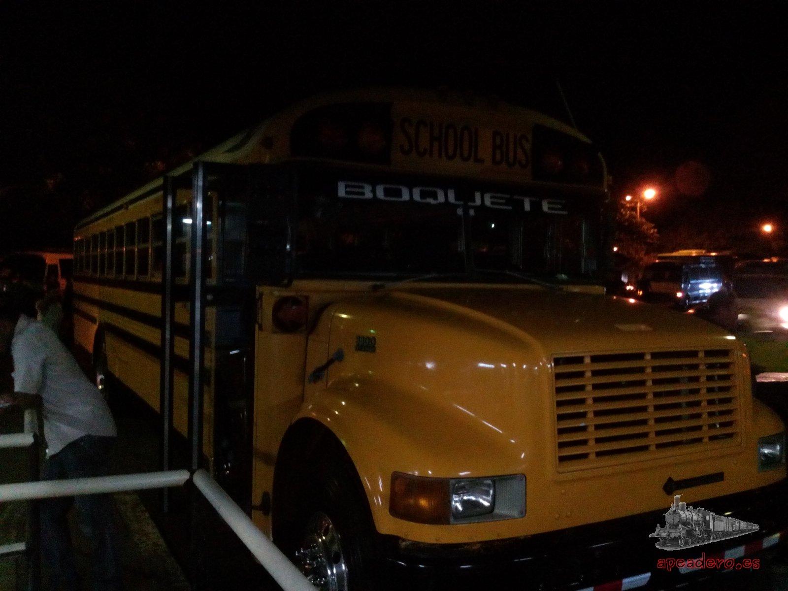 Para llegar a Boquete tendrás que hacerlo en un autobús escolar.