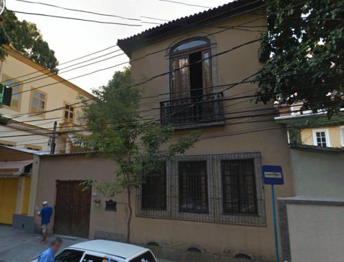 Imagen de Google Street View dela fachada del Carioca Guest House