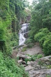 Si hace buen tiempo, en estas cascadas te puedes bañar; por eso conviene venir con bañador y traer una toalla.