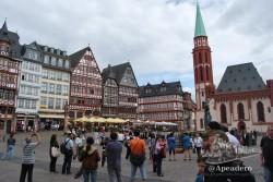 Volver a pasear por las calles del centro histórico de Frankfurt nos trajo grandes recuerdos.