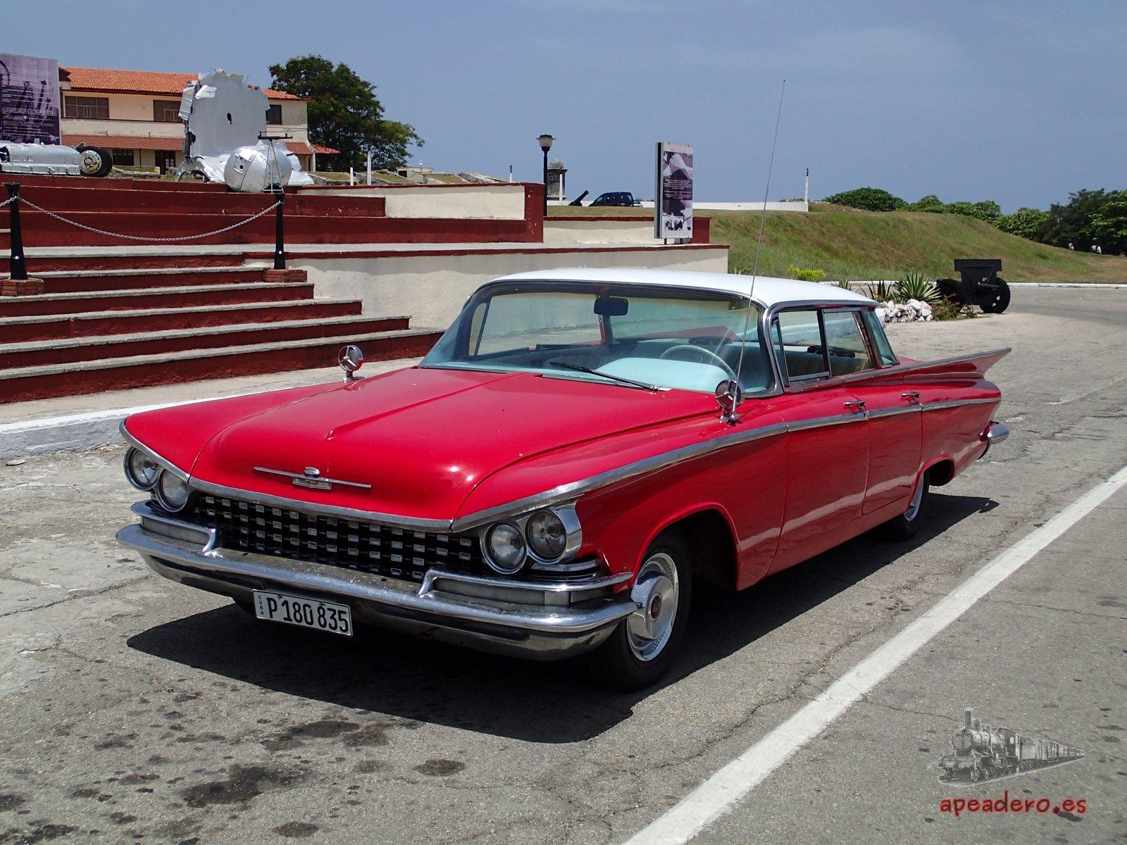 Y no solo es su ingenio, es su capacidad para conservarlo todo. Los coches de época que circulan por toda Cuba te sorprenderán y te entusiasmarán. Viajarás 50 años atrás.