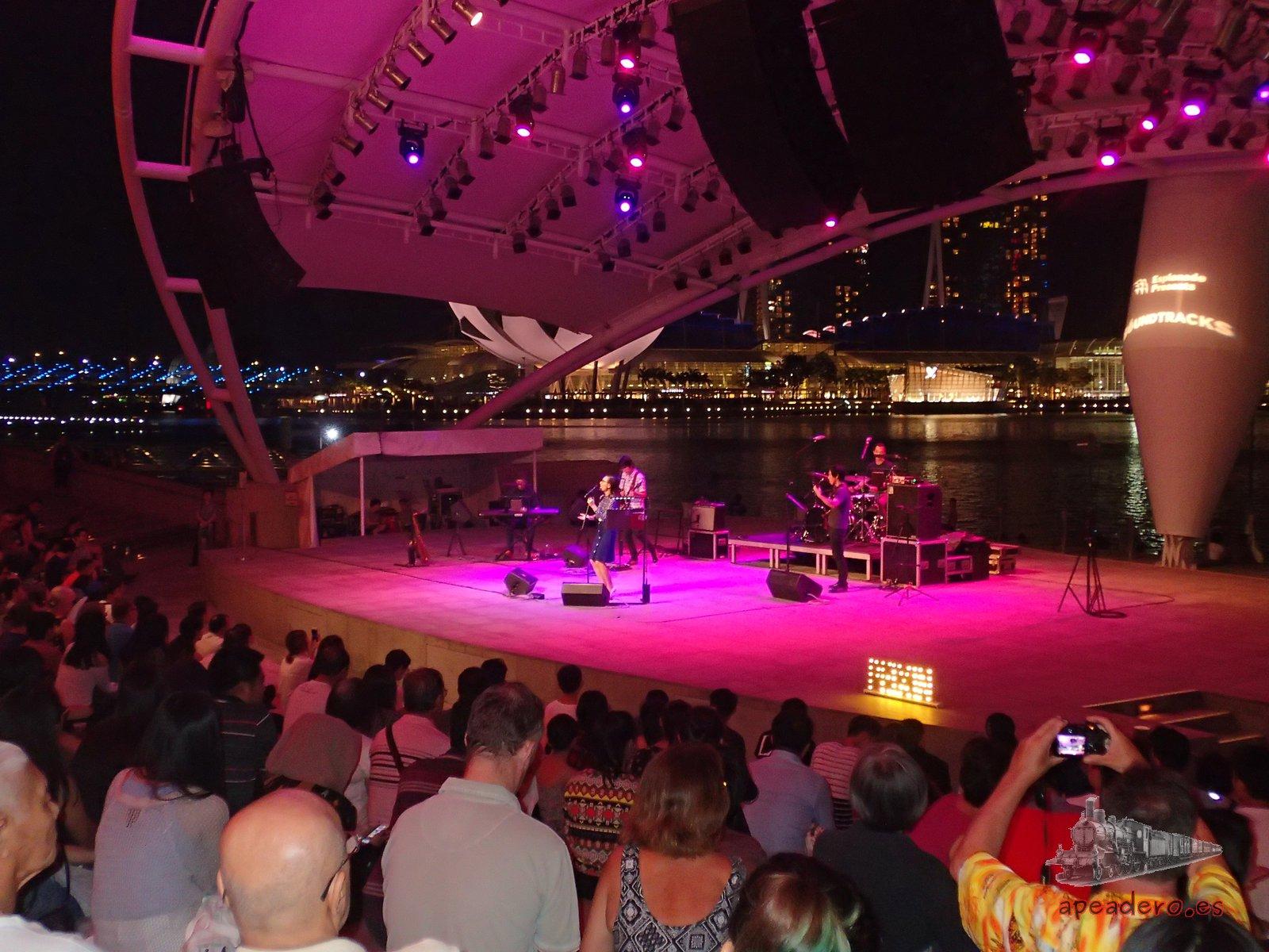 Conciertos gratuitos en la explanada de Singapur