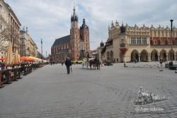 La plaza del Rynek de Cracovia es uno de los lugares más encantadores de Polonia.