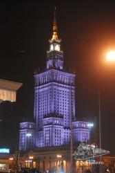 Nada más llegar a Varsovia nos encontramos con esta impresionante visión.