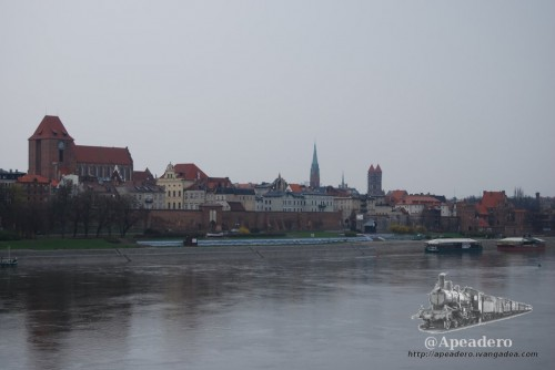 A Torun hay que llegar andando, son 2 kilómetros desde la estación de trenes que tienen su recompensa.