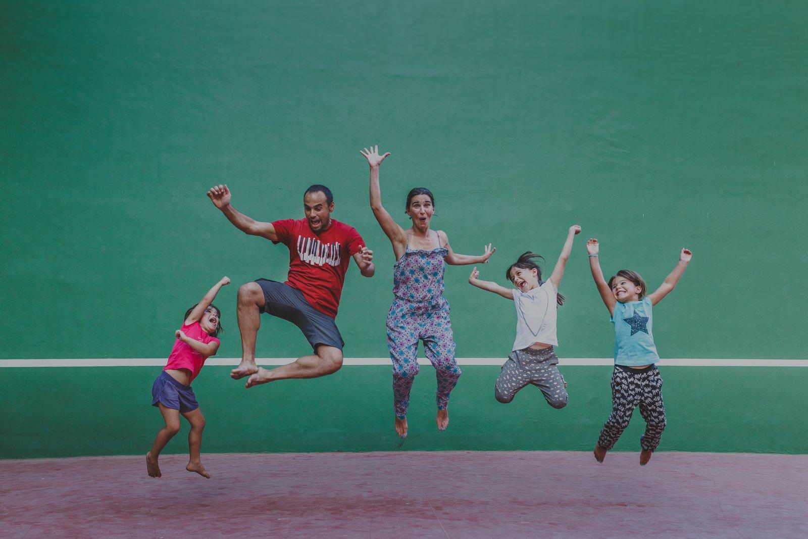 Viajar en familia con El Vuelo de Apis – Entrevista viajera