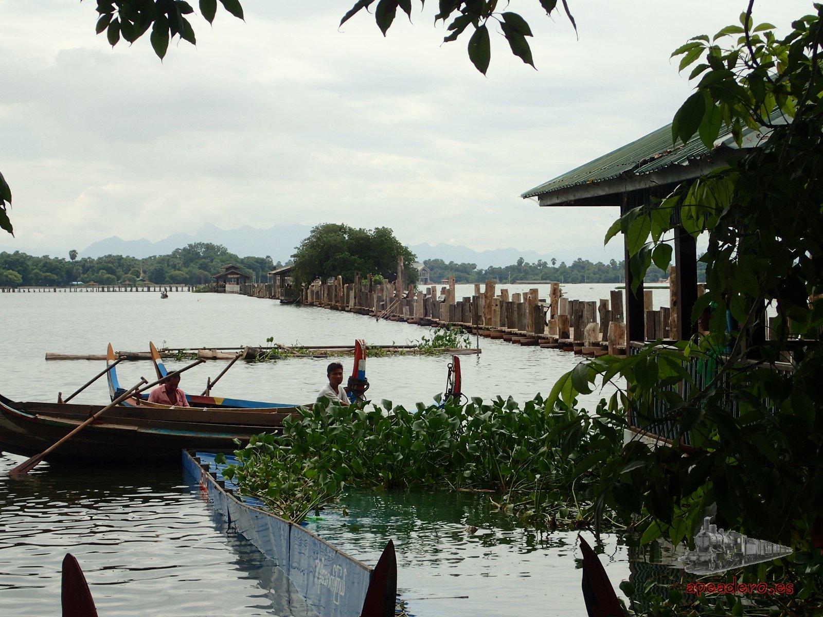 El puente de Teca inundado