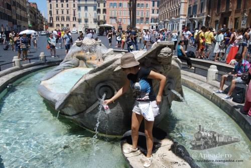 Las fuentes son un alivio al tremendo calor del verano en Roma.