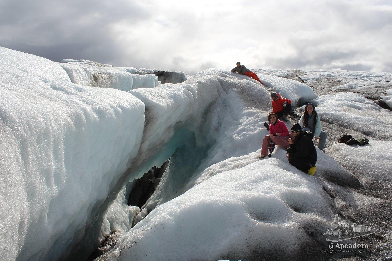 Buscando las cuevas de hielo de Islandia