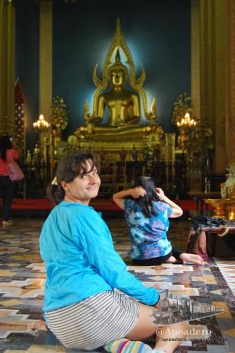 A pesar de lo que nos habían dicho, el código de vestimenta no suele ser tan estricto en la mayor parte de los templos.