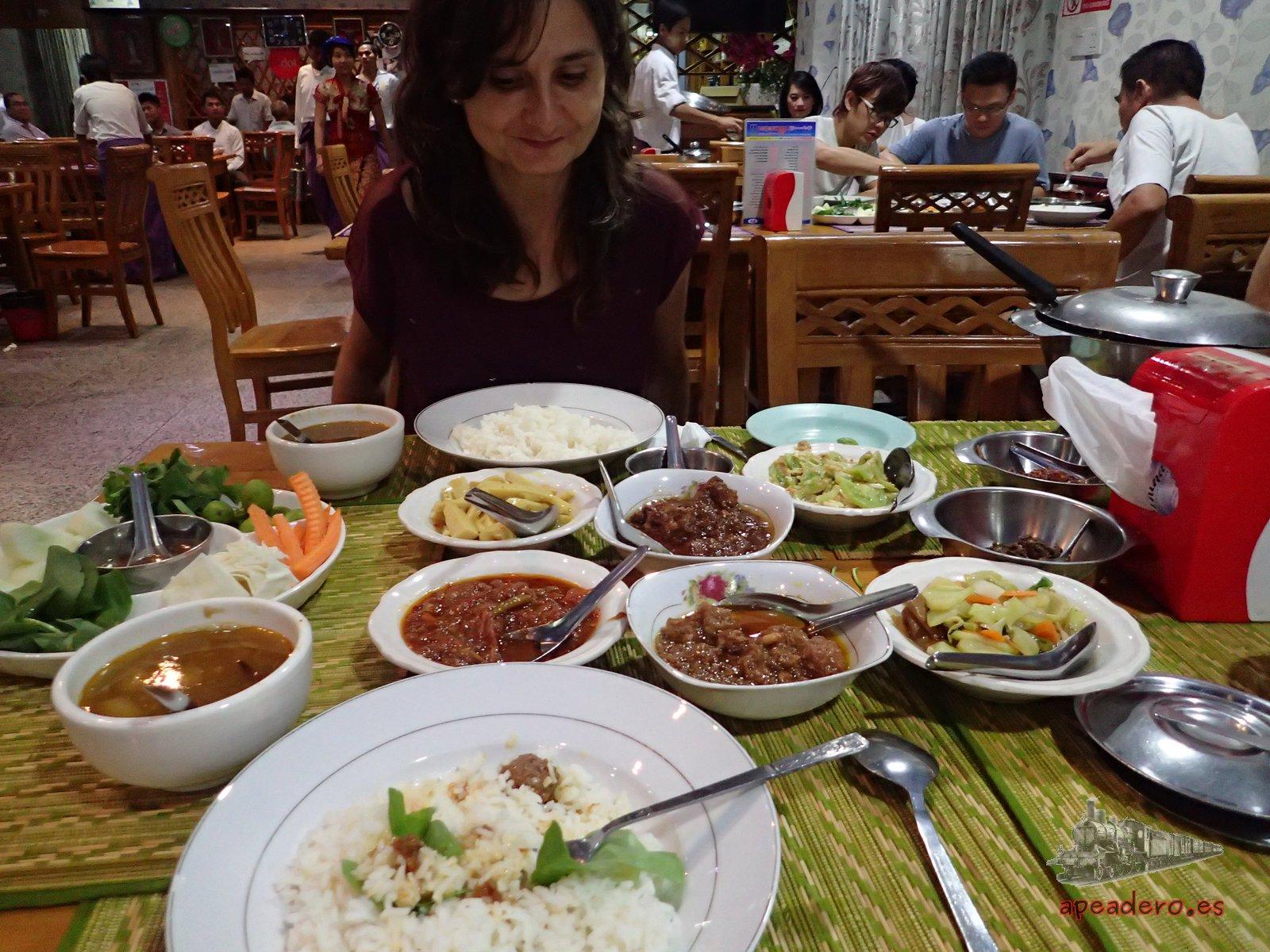 La comida en un viaje a Birmania