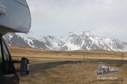 Lo mejor de viajar en autocaravana es la posibilidad de despertarte frente a a estos paisajes.
