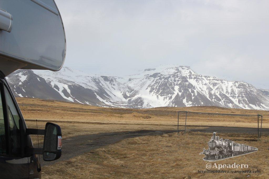 Ventajas de viajar en autocaravana o camper (y algunos inconvenientes)