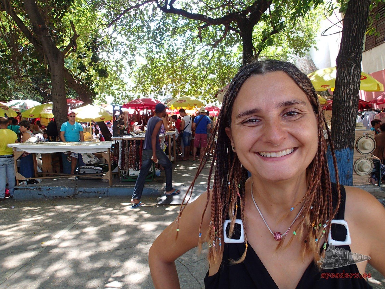 Mercadillo en La Rampa de La Habana