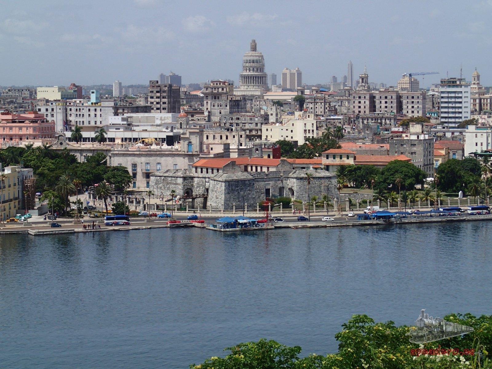 Desde el mirador del cristo de La Habana, junto a la casa del Che.
