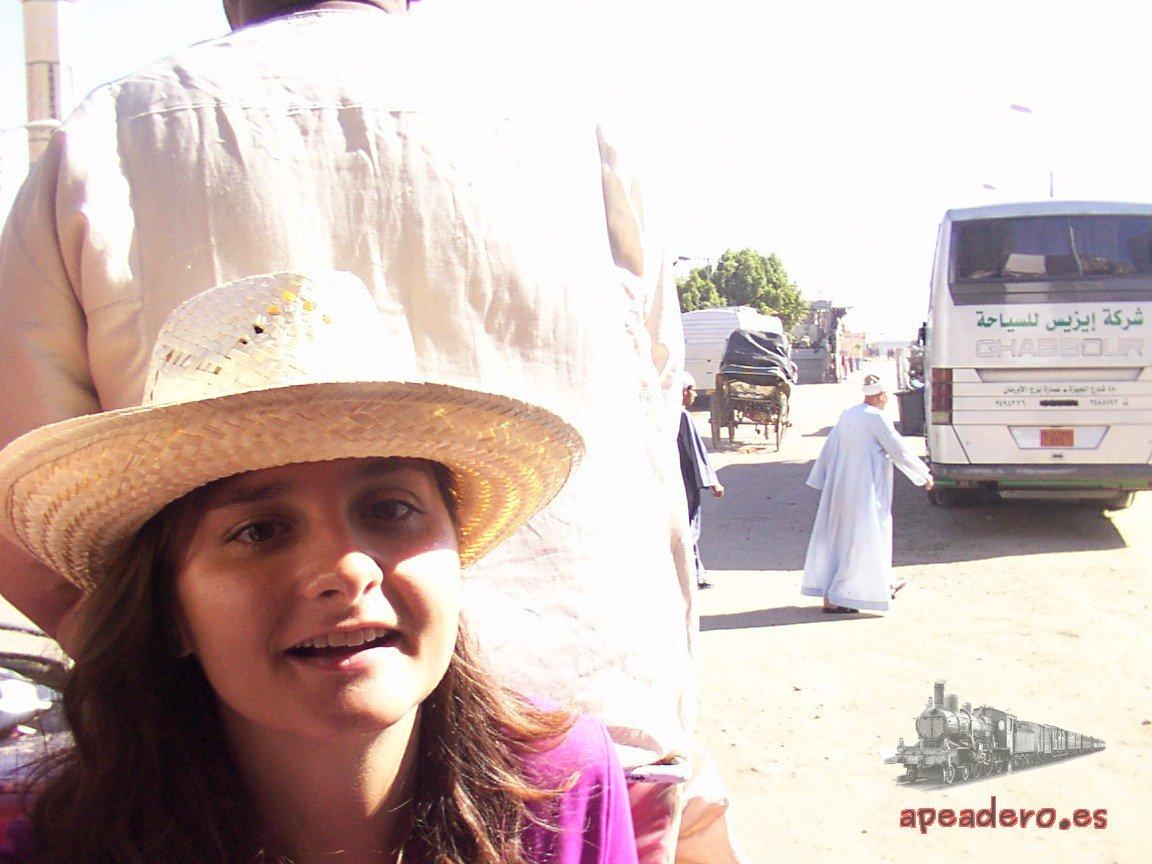 En Egipto aprendí muchas cosas, especialmente, que no debía viajar nunca más con guías.