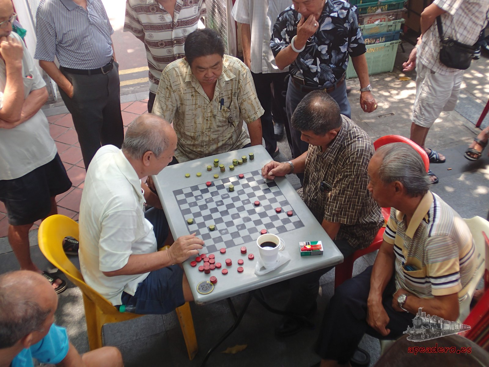 Jugar con los locales también es gratis en Singapur