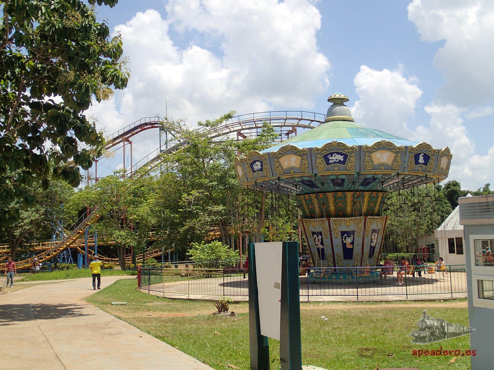 El parque Lenin encierra el mayor parque de atracciones de Cuba.