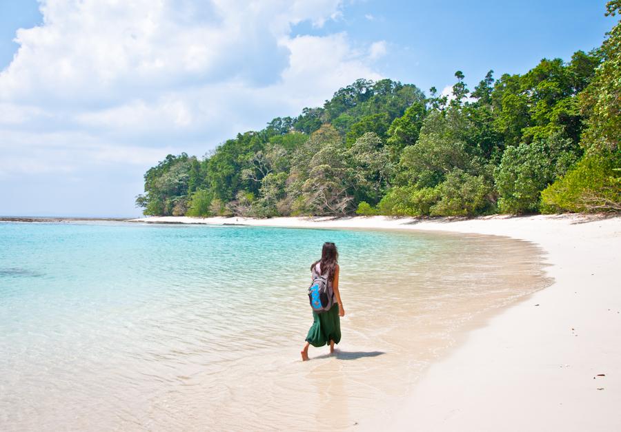 Paseo en playa de Andaman