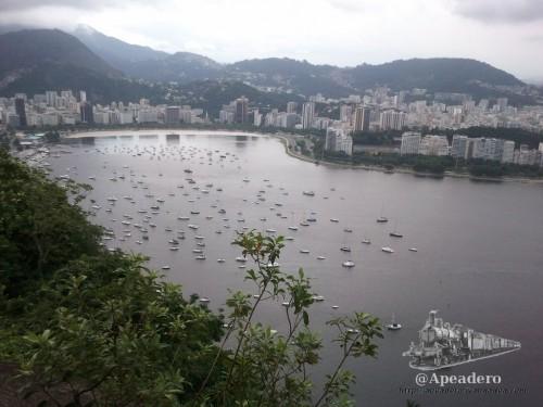 Sin lugar a dudas, Río de Janeiro quedará en nuestra memoria como una de las ciudades más espectaculares del mundo. Contradictoria y apasionante, vale la pena quedarse al menos 4 o 5 días para empezar a conocerla de verdad.
