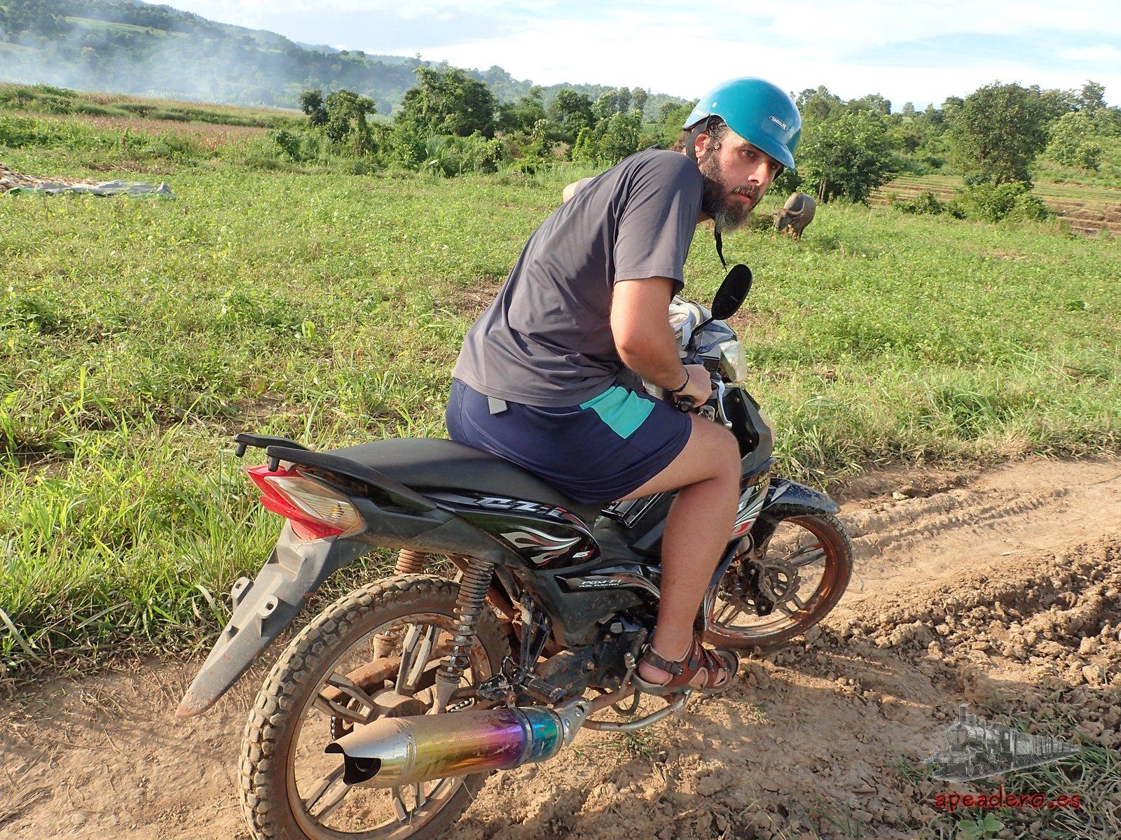 Ruta en moto por Hsipaw