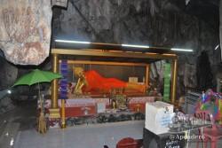Los templos que están metidos dentro de cuevas son totalmente diferentes a los templos convencionales de los cuales terminas empachado.
