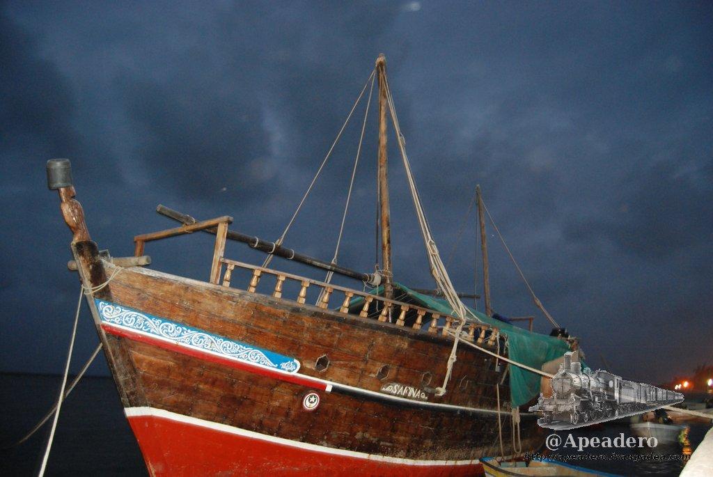 Restaurantes y mafias en Lamu