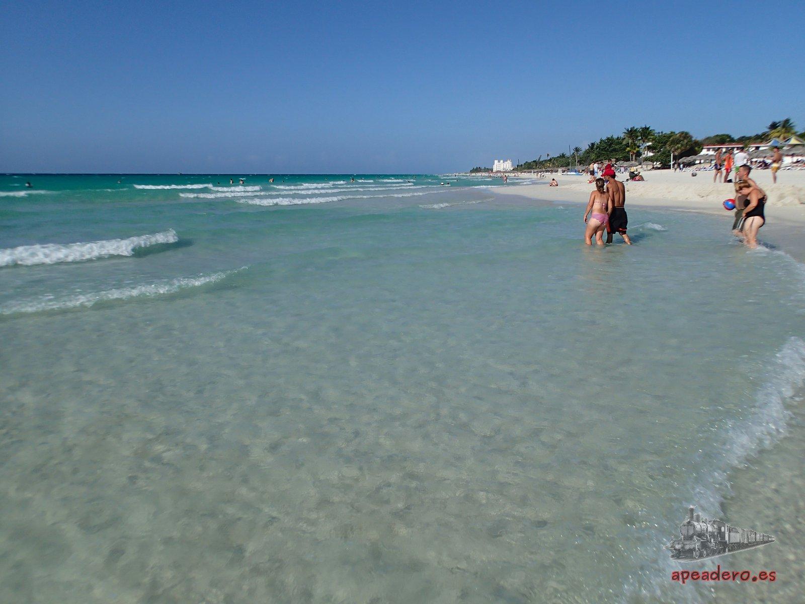La playa de Varadero, aguas turquesa y cristalinas