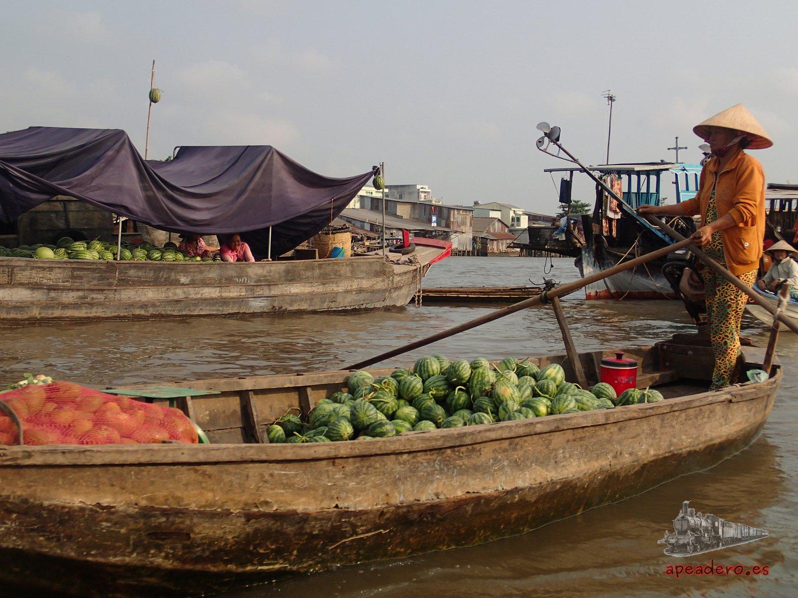 Vendedora de melones en Cai Rang