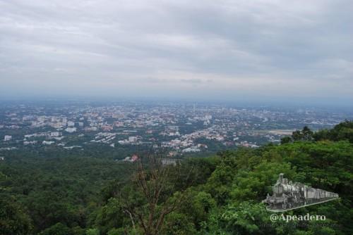 Esta foto de Chiang Mai la tomamos otro día...