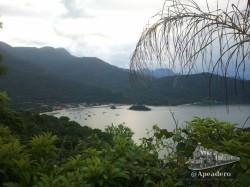 La Ilha Grande es un paraíso tropical como se puede contemplar en esta vistas desde el sendero T14 que lleva desde la villa de Abraao hasta la playa de Dois Rios.
