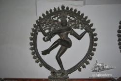 Quien tenga nociones de arte Indio encontrará a buen seguro numerosas joyas aquí.