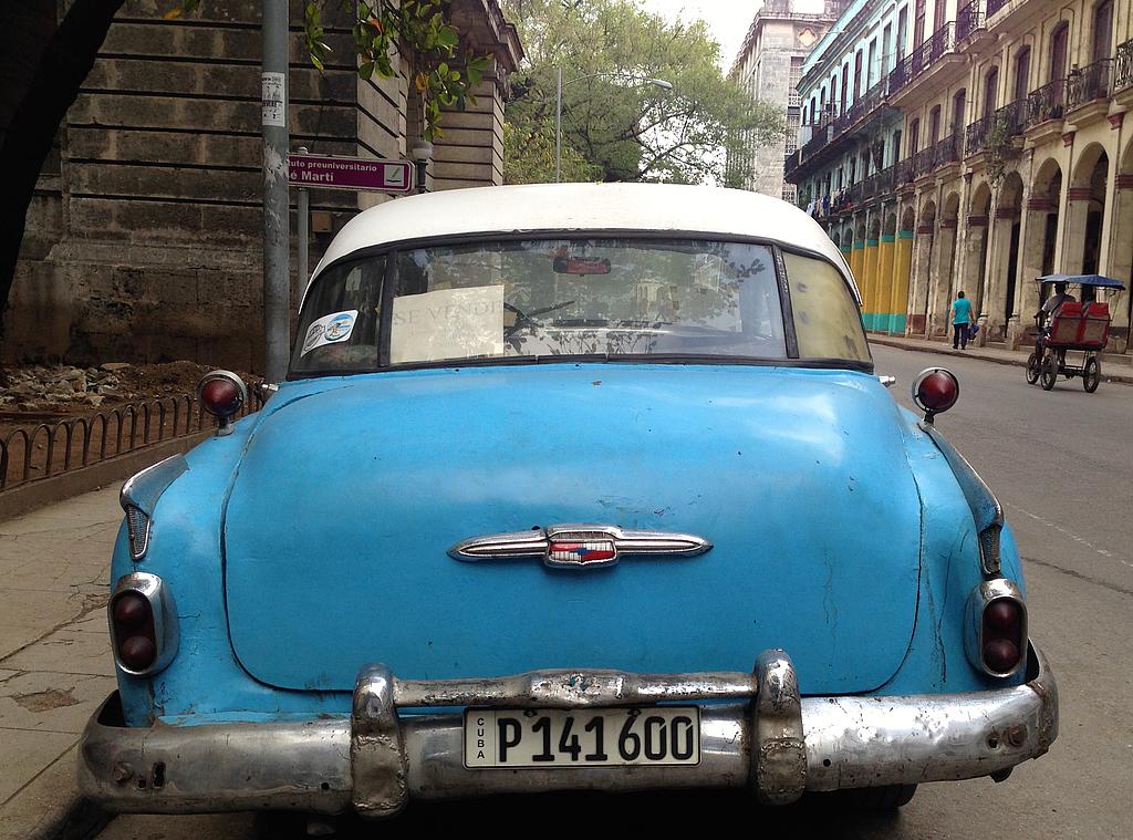 Cesareo está viviendo ahora mismo en Cuba.
