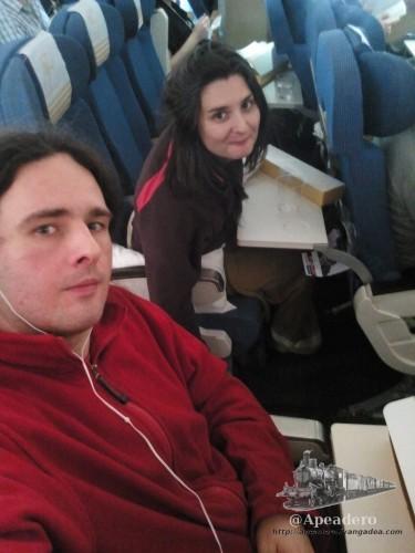 Iberia no es la compañía más cómoda del mundo, ni aunque te encuentres el vuelo medio vacío.